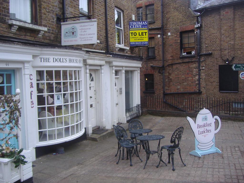 Hill Street Cafe Bottomless Mimosas