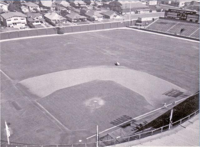 Wrigley Field Los Angeles | aerial view of Wrigley Field ...