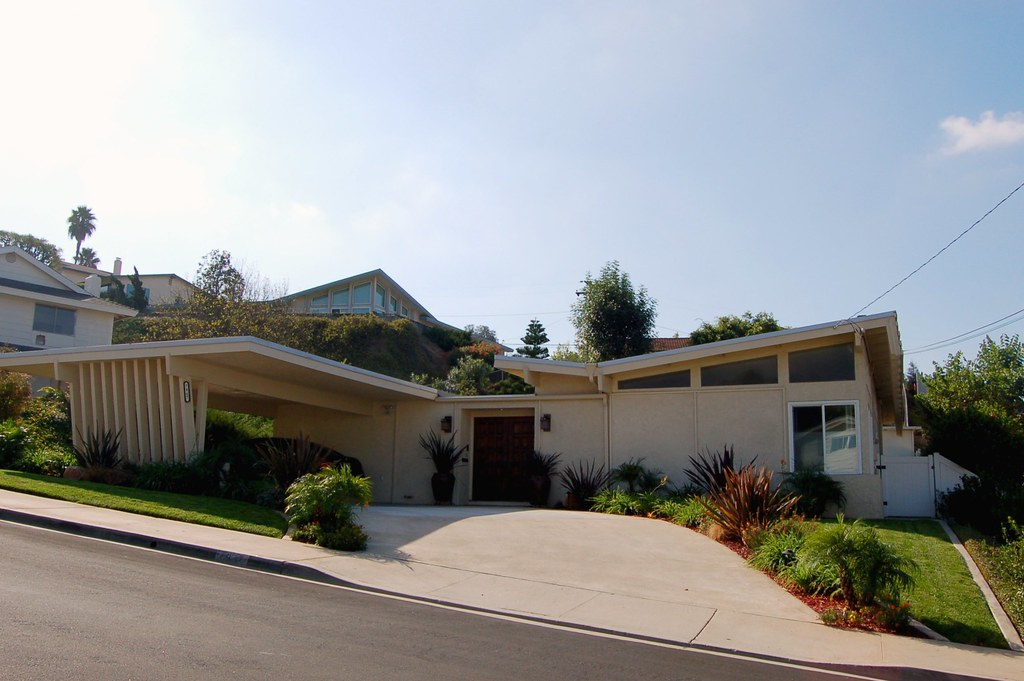 La Mesa Mid Century Home Snazzy Butterfly Roof And