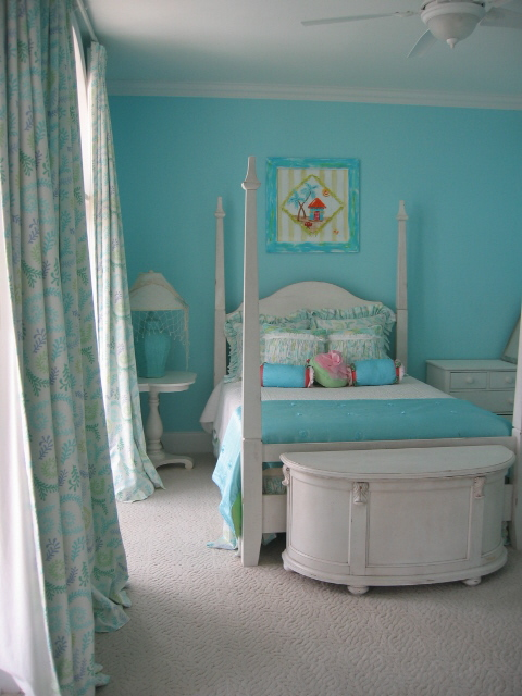 Room Color Ideas For A  Year Old