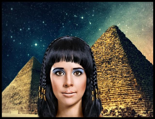 AMANDA (just like an Egyptian)