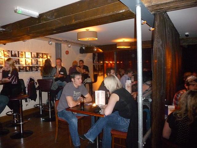 Starz Bar speed dating