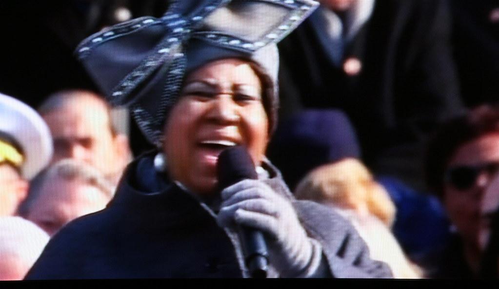 Aretha Franklin sings - US Presidential Inauguration - Scr ...