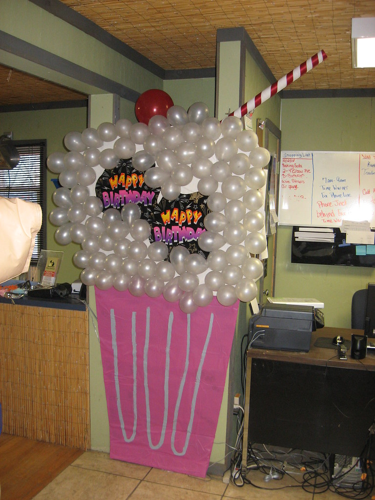 50 39 s party decorations giant ice cream soda cardbord for R b party decorations