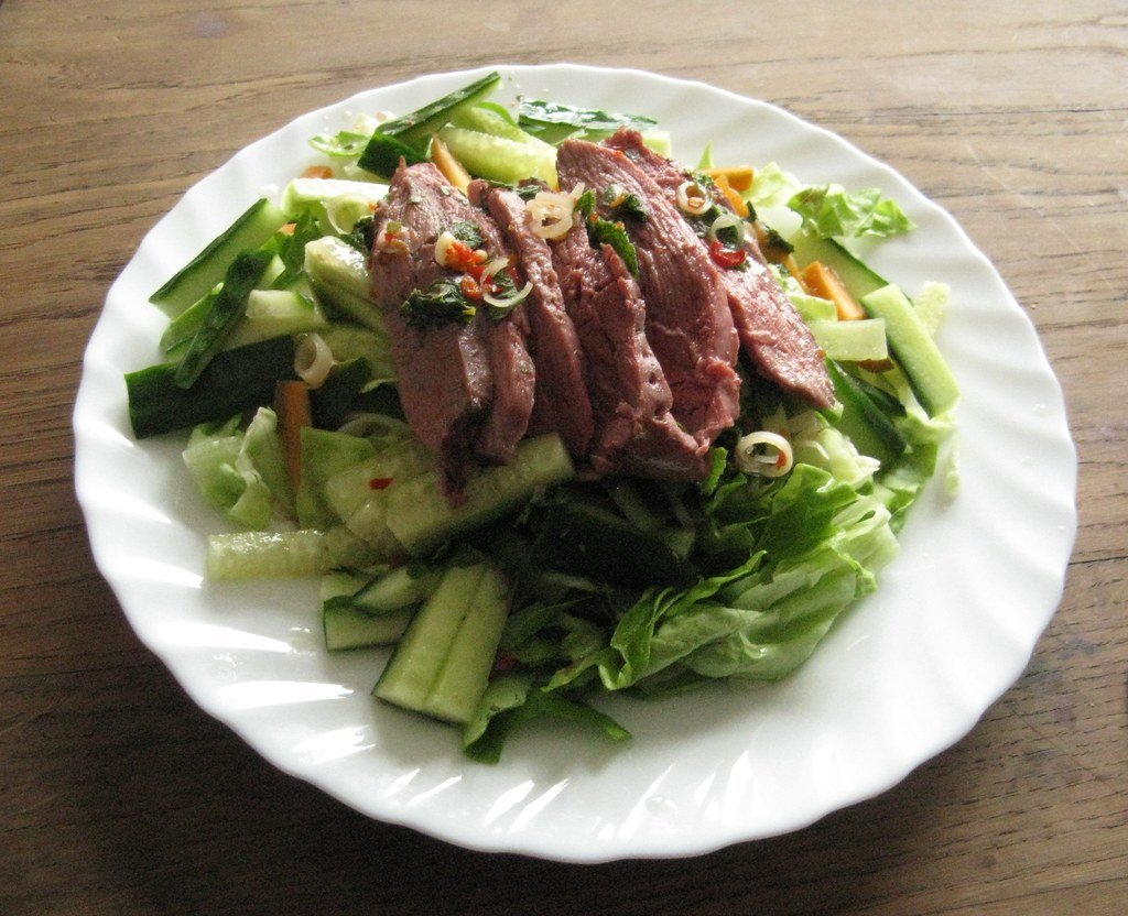 thai duck salad i was in the mood for something thai or. Black Bedroom Furniture Sets. Home Design Ideas