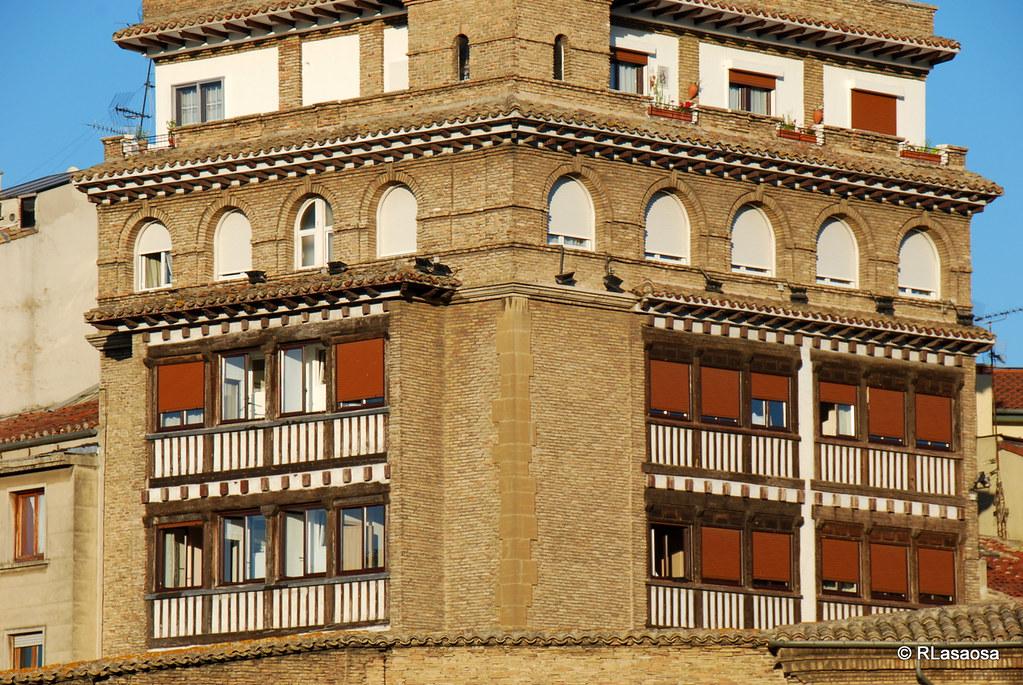 Pamplona hotel eslava vista de la fachada hotel eslava flickr - Pamplona centro historico ...