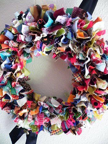 Scrap Fabric Wreath | beebers31 | Flickr