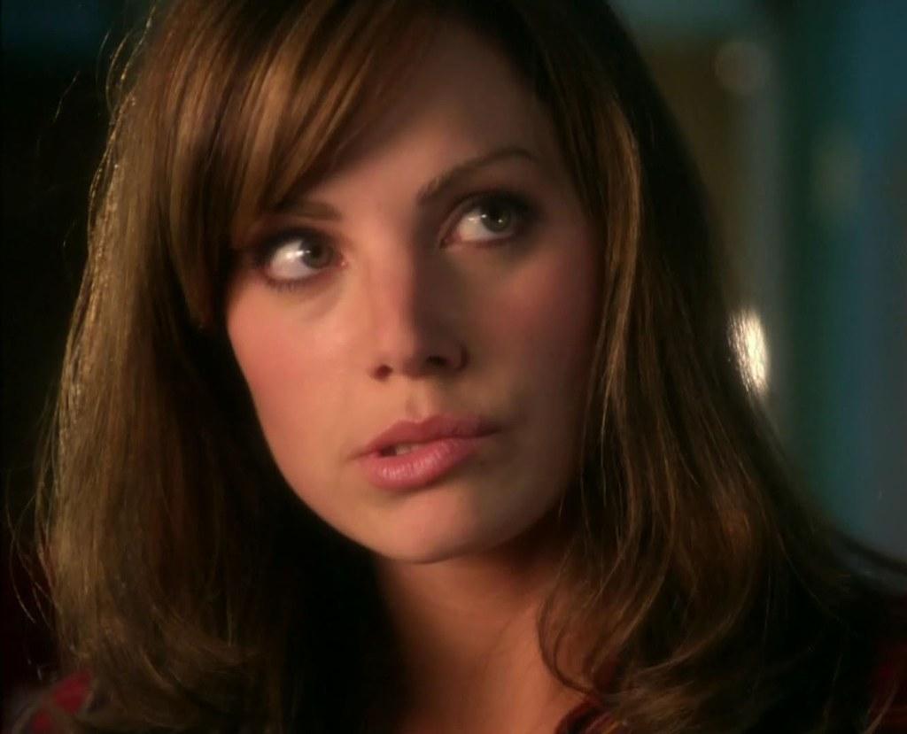 Smallville Lois Lane tira