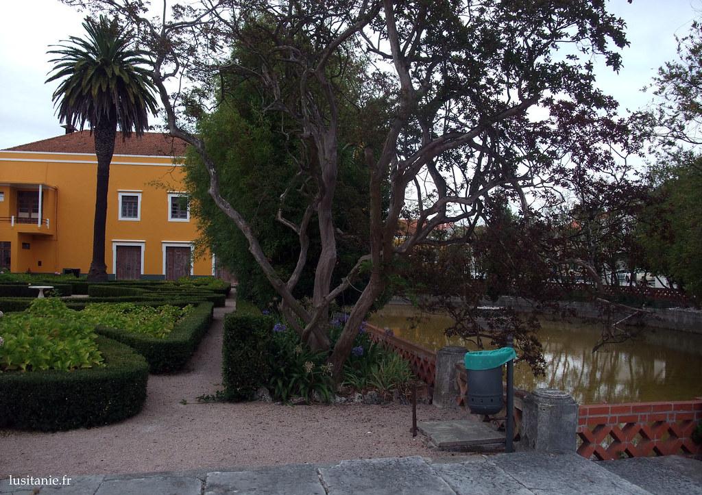 Jardins et murs colorés