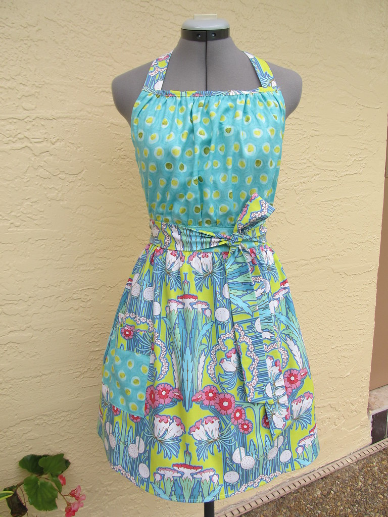 Very Retro and Flattering Apron.. Amy Butler Soul Blossoms… | Flickr