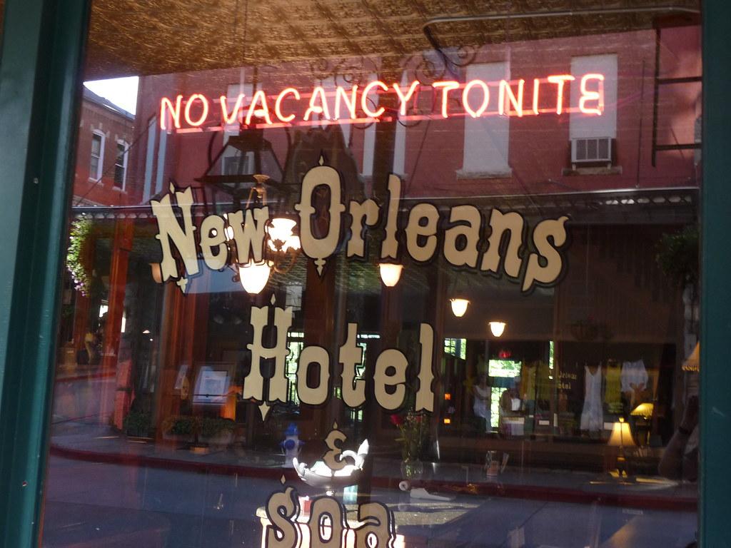 The New Orleans Hotel Eureka Springs