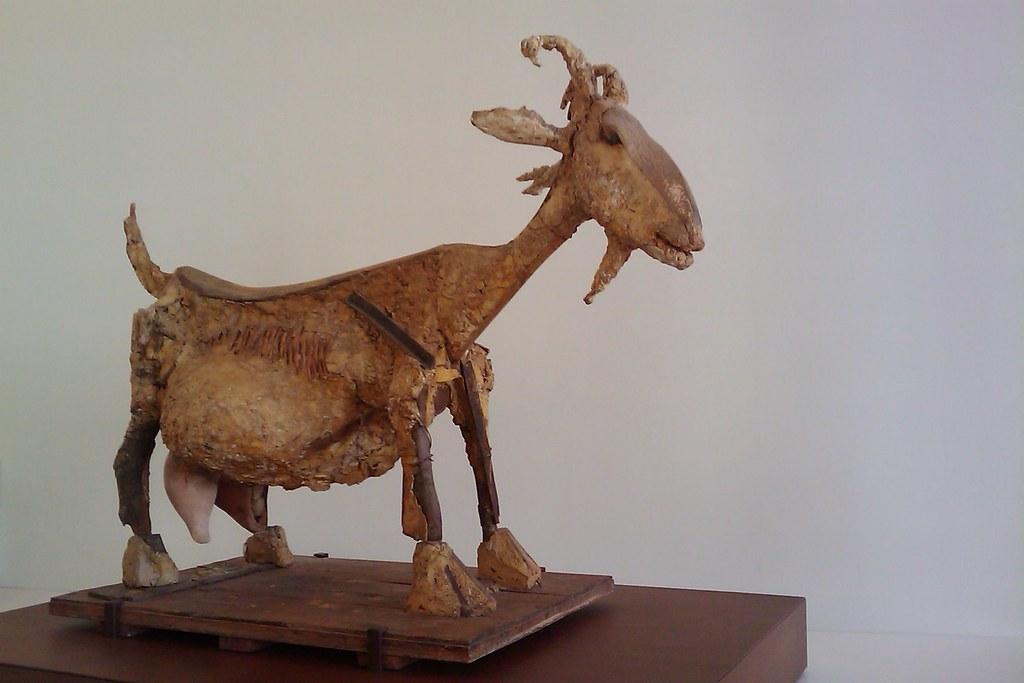 Favori La chèvre de Pablo Picasso | La chèvre | Christian Aubry | Flickr LQ89