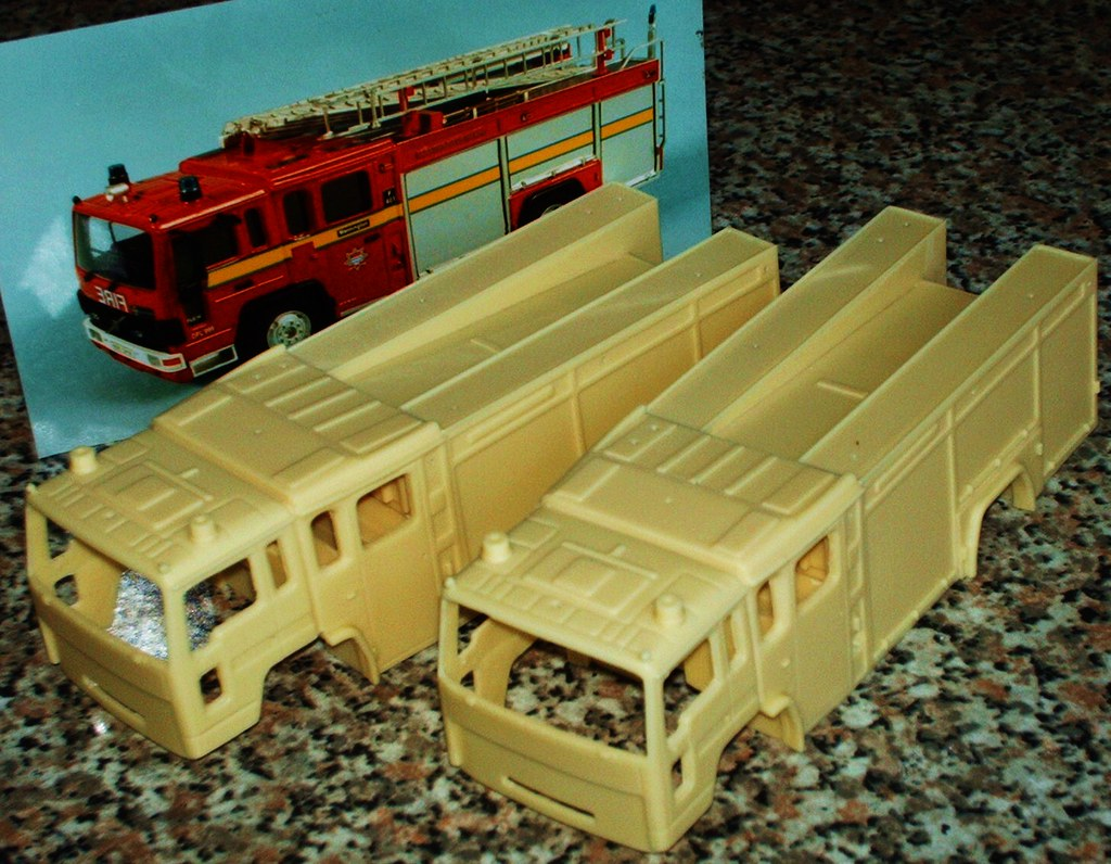 1/48th scale Volvo fire engine LFB resin kit | Two 1/48th ...