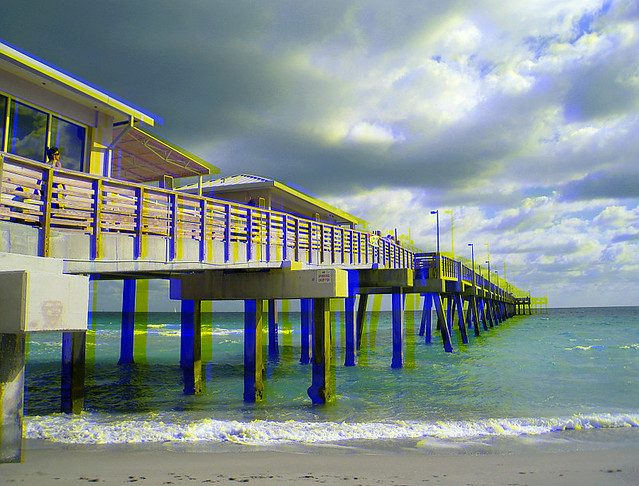 Dania beach fishing pier 1 colorcode 3 d anaglyph flickr for Dania beach fishing pier