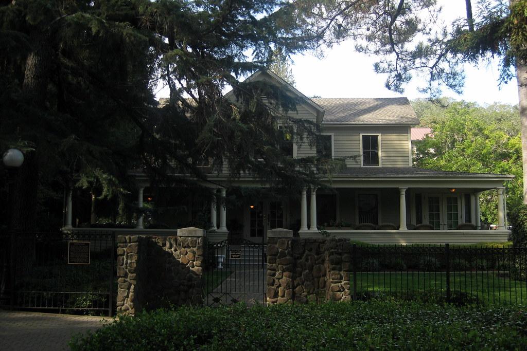 Hudson Valley Property Ampress Apartments Amityville Long Island