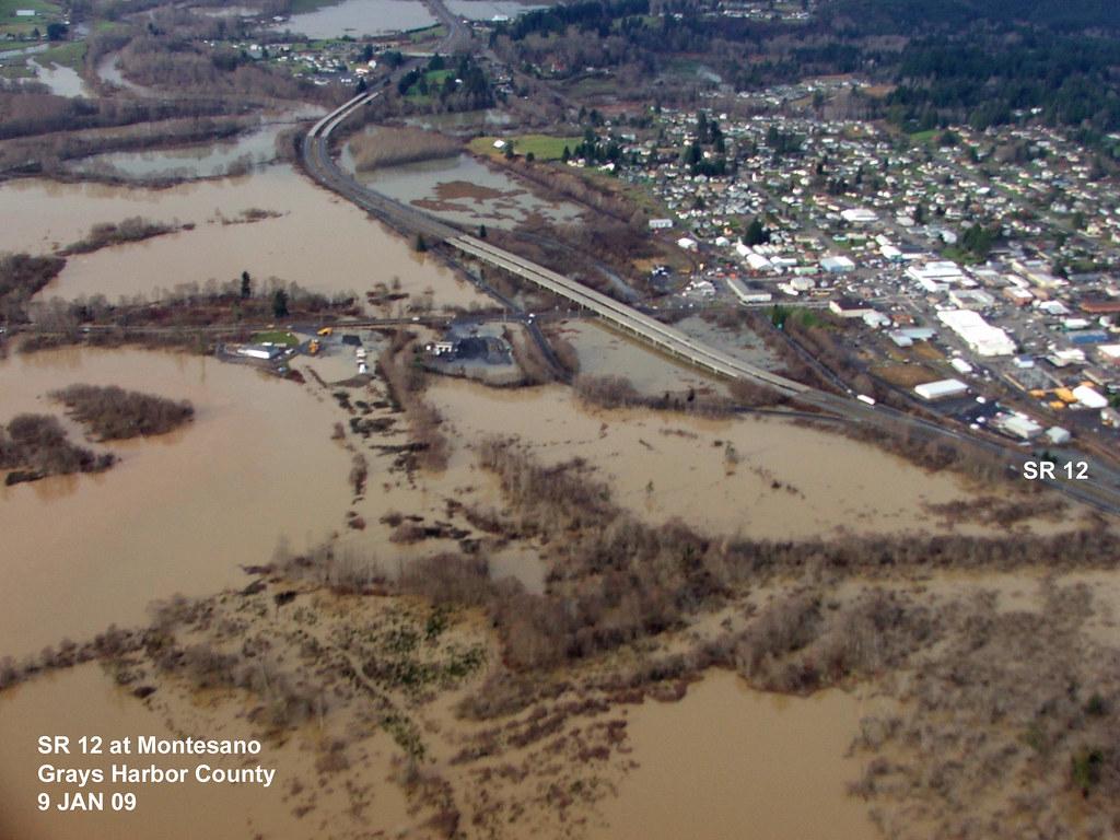 Us 12 Montesano Flooding Flooding In Montesano Grays