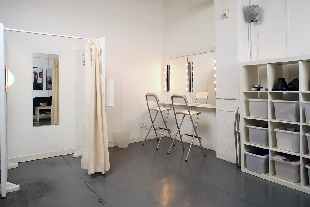 My Product Fashion Studio Make Up And Changing Room