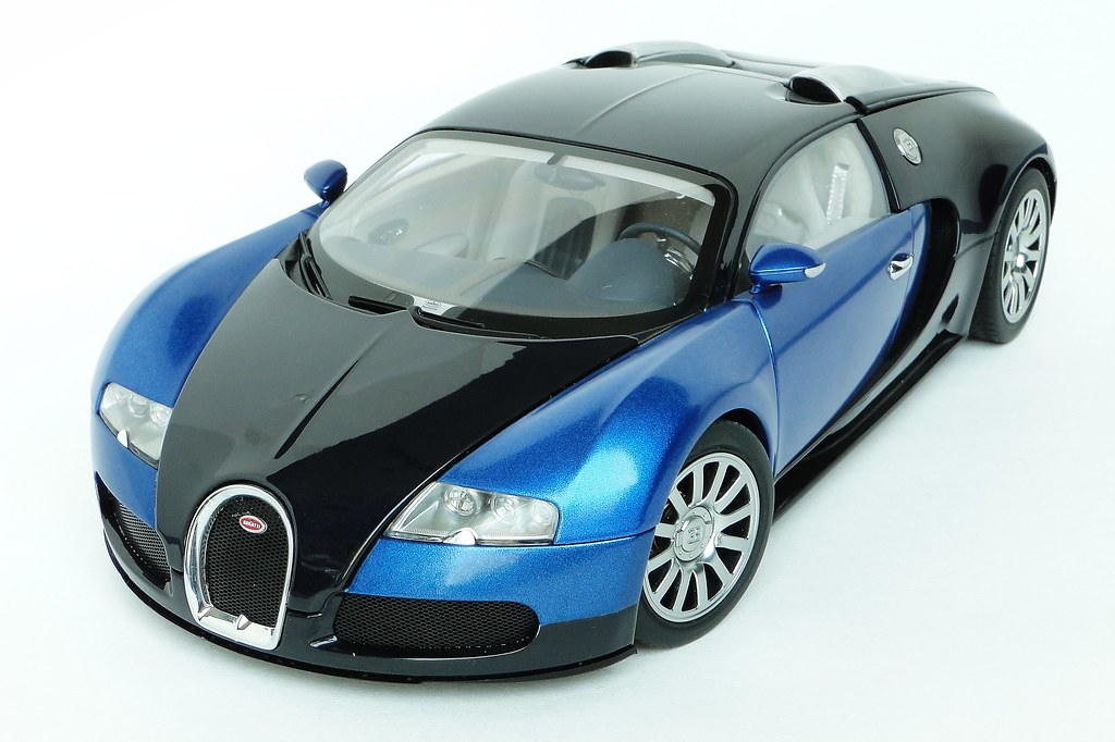 bugatti veyron eb 16 4 1 18 scale the bugatti veyron eb flickr. Black Bedroom Furniture Sets. Home Design Ideas