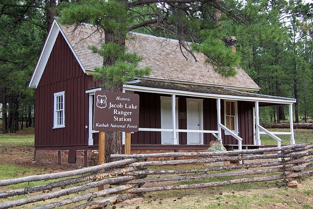 Historic Jacob Lake Ranger Station - Grand Canyon North Ri ...