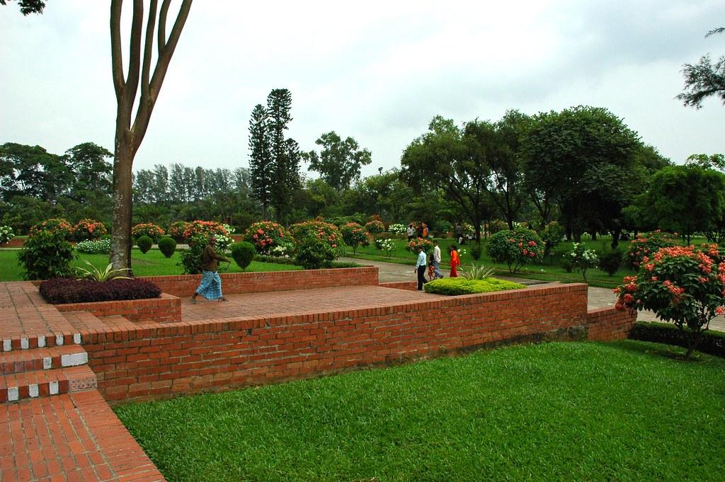 Brick walkways and gardens at jatiyo smr for Smr landscape architects
