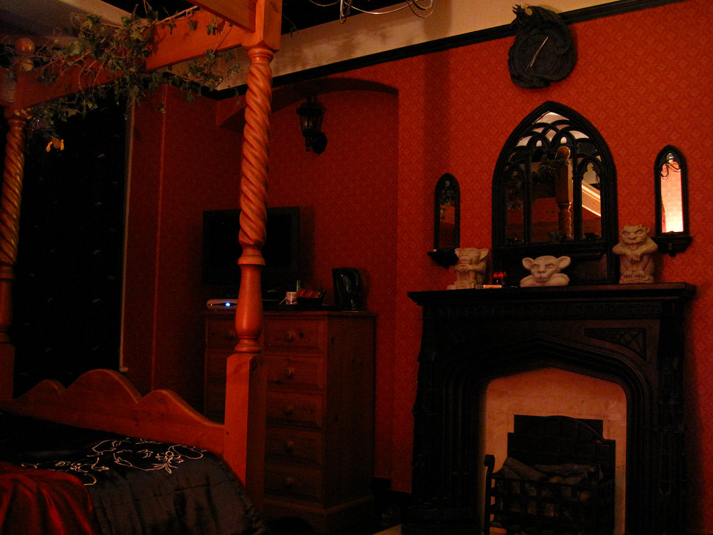 The Red Room At The Bats And Broomsticks Guesthouse In Whi