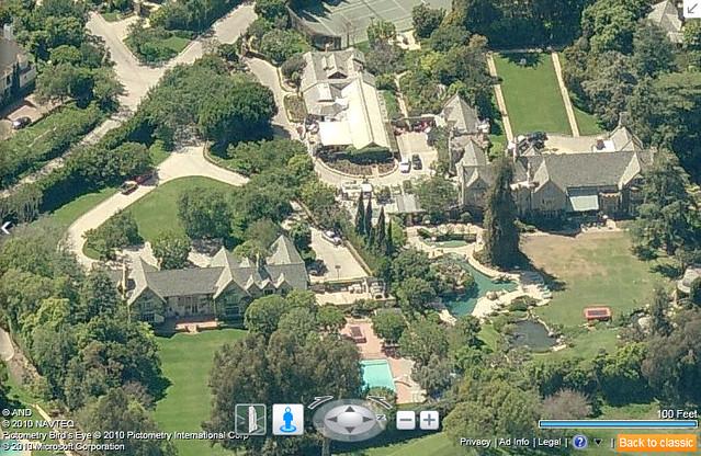 Playboy Mansion Backyard : Playboy Mansion, Los Angeles  Flickr  Photo Sharing!