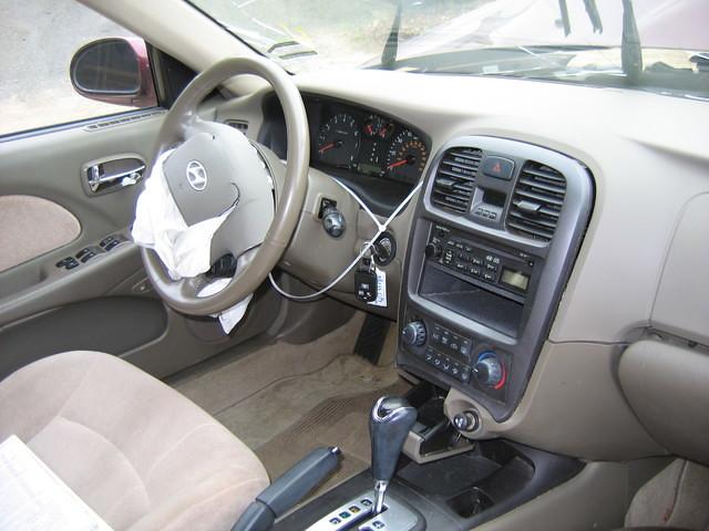 04 Hyundai Sonata Interior Stock 0210p9 2004 Hyundai