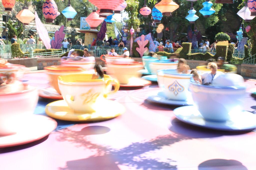 Mad Tea Party Disneyland Tea Cups in Action   T...