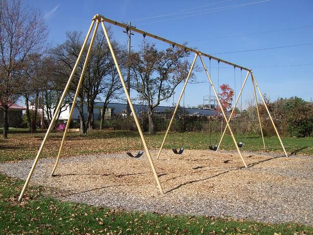 High, old-school swings | Nels Olsen | Flickr