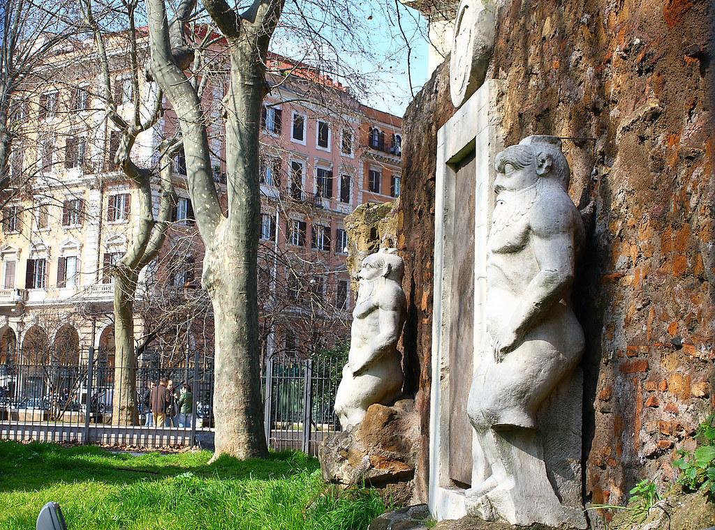 Porta magica giardini di piazza vittorio - Porta magica piazza vittorio ...