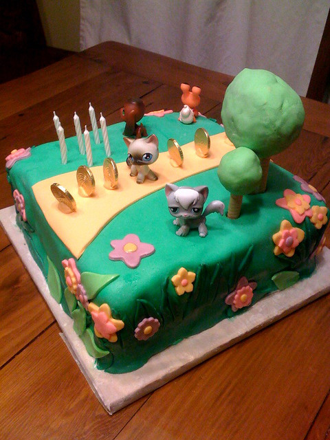 Brooke S Littlest Pet Shop Birthday Cake Brooke S Triple