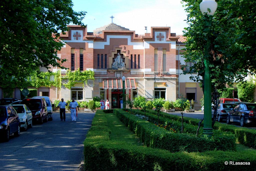 Pamplona casa de misericordia acceso a la casa de for Casa puntos pamplona