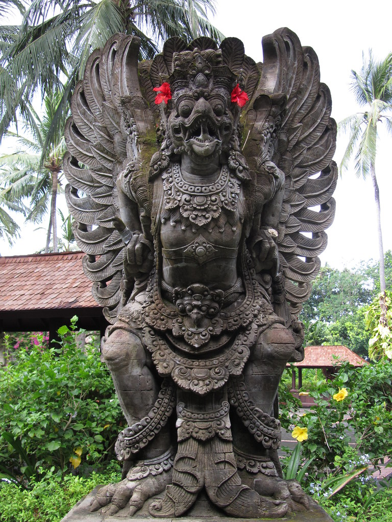 garuda sculpture - photo #3