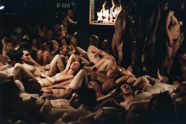 Spencer Tunick_Private Club Party, Shoreditch House, London, 2008 ...: flickr.com/photos/artingeneral/3382710139