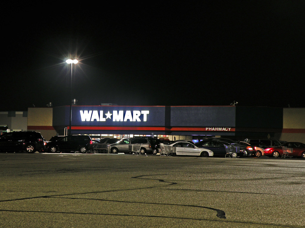 Month End Closing >> Old Round Lake Beach Wal*Mart | The original Wal-Mart opened… | Flickr