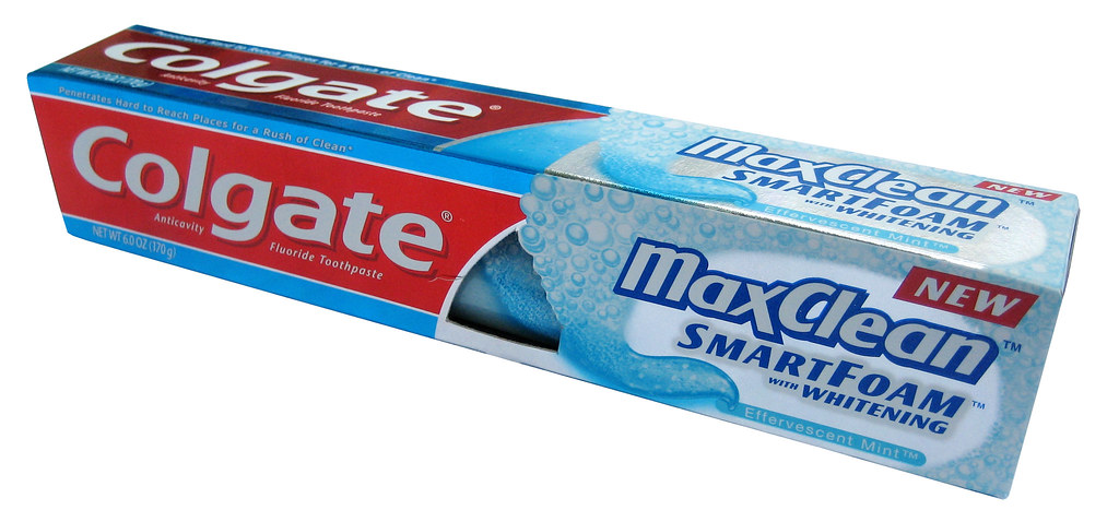 Colgate Effervescent Mint MaxClean SmartFoam with Whitenin ...