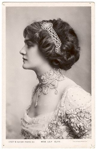 Lily Elsie (Mrs Bullough) by Foulsam & Banfield 1910 | by pufferfish_76
