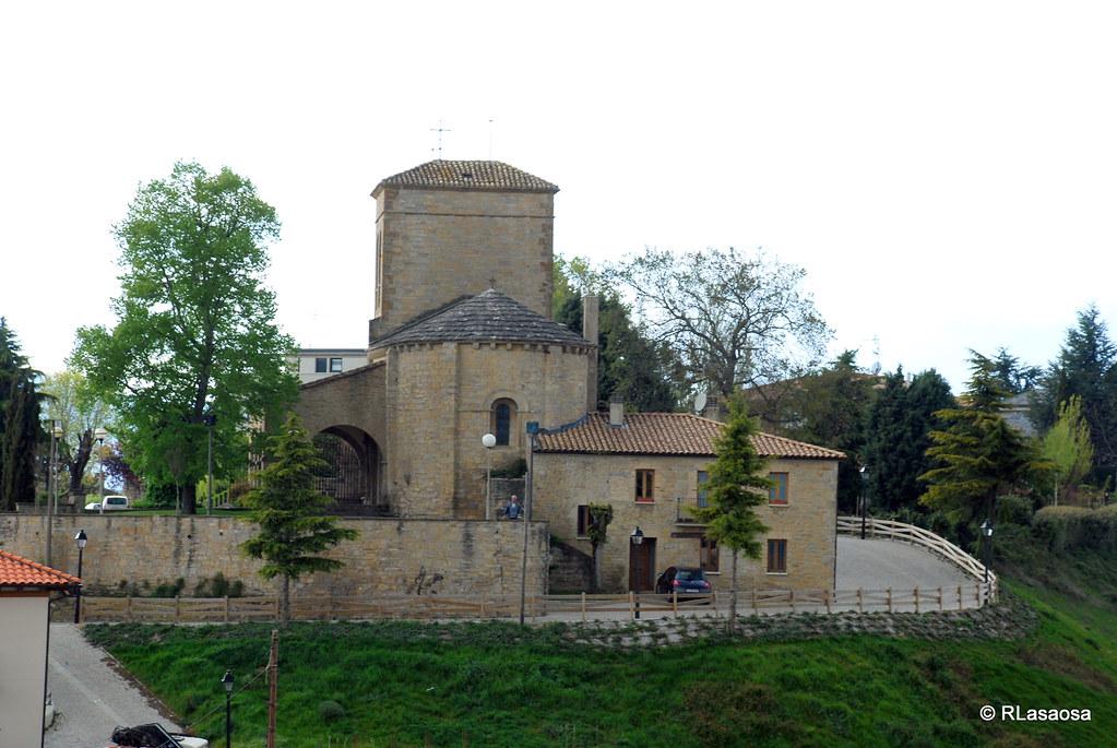 Parroquia de San Emeterio y San Celedonio, Cizur Menor, Navarra :: Albergues del Camino de Santiago
