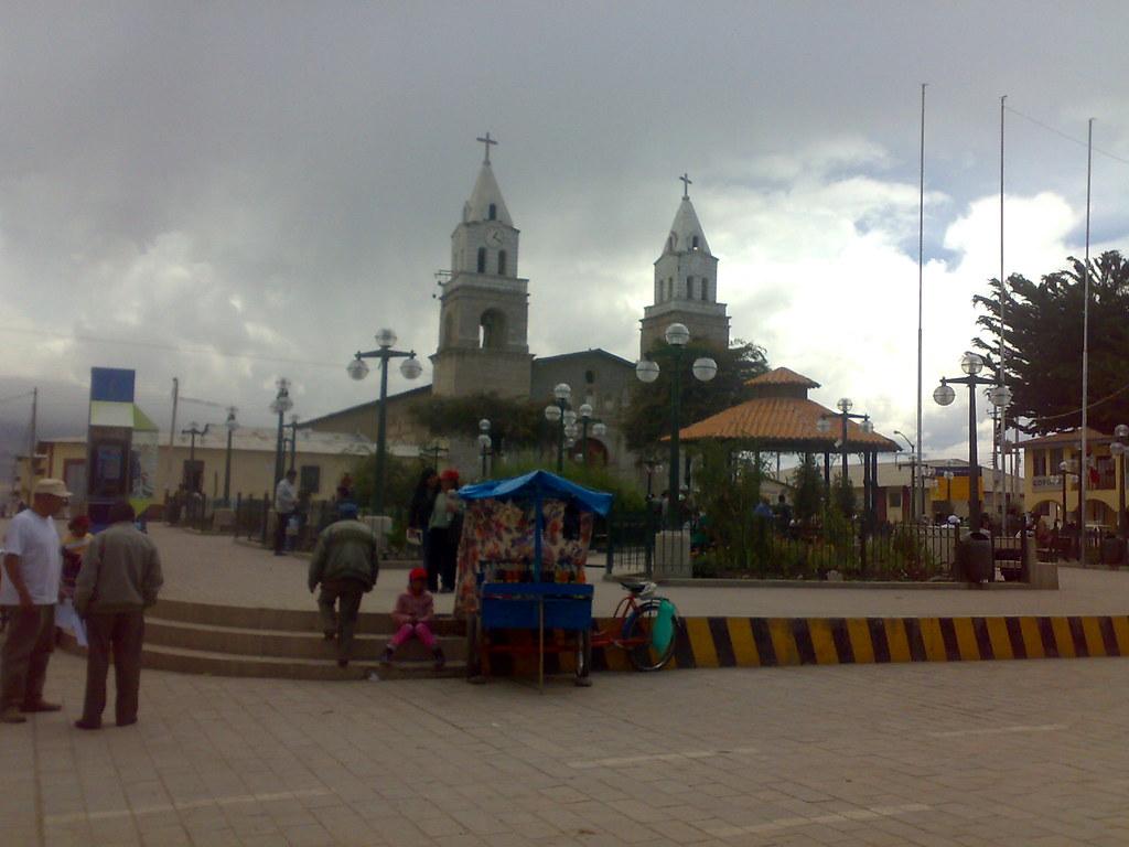 Plaza de Armas Puquio ...