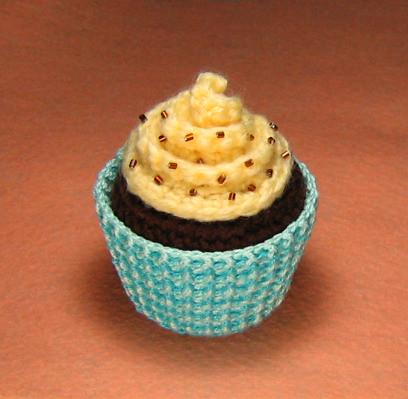 Free Amigurumi Crochet Patterns Cupcake : Amigurumi Cupcake Plush Amigurumi Cupcake Plush with ...