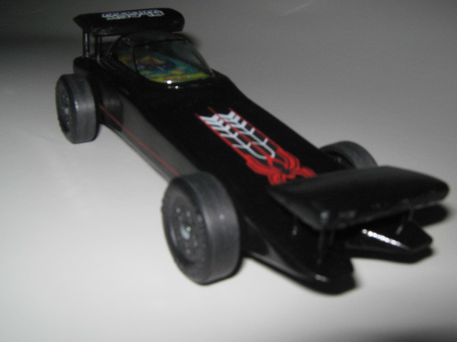 Pinewood derby car the black widow st place undefeated