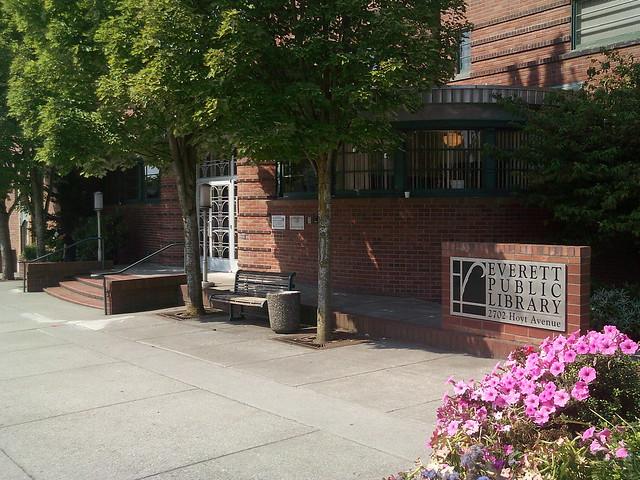 Everett Public Library In Everett Wa Main Entrance Flickr Photo Sharing