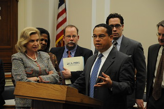 Congressman Ellison and Chairwoman Maloney reintroduce the Credit Cardholder's Bill of Rights | by Rep. Keith Ellison