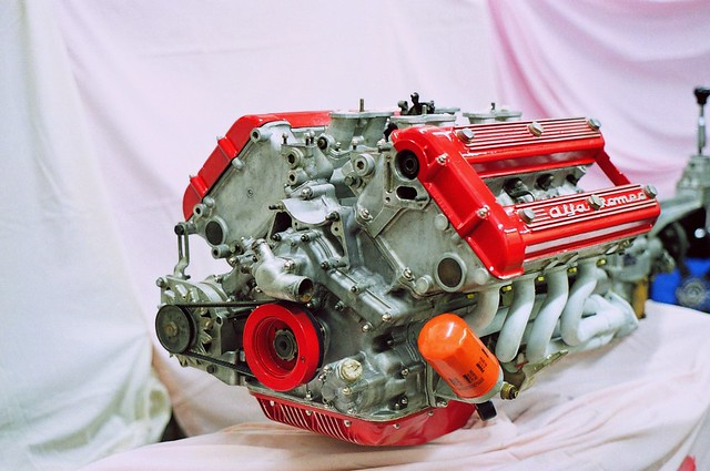 Alfa Montreal Engine   V8 engine with racing pedigree ...
