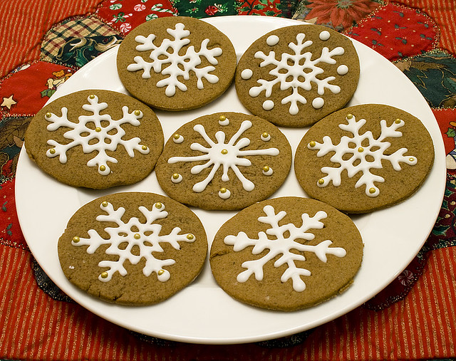 Gingerbread cookies frosted 1 gingerbread cookies for Decorazioni biscotti di natale