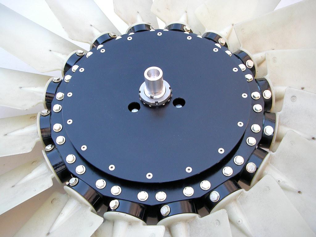 Variable Pitch Fan : Adjustable pitch fan hovercraft