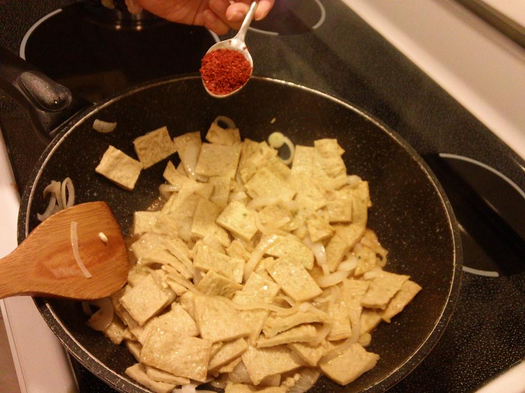 Korean stir fry fish cakes uh mook jorim spicy and for Korean fish cake