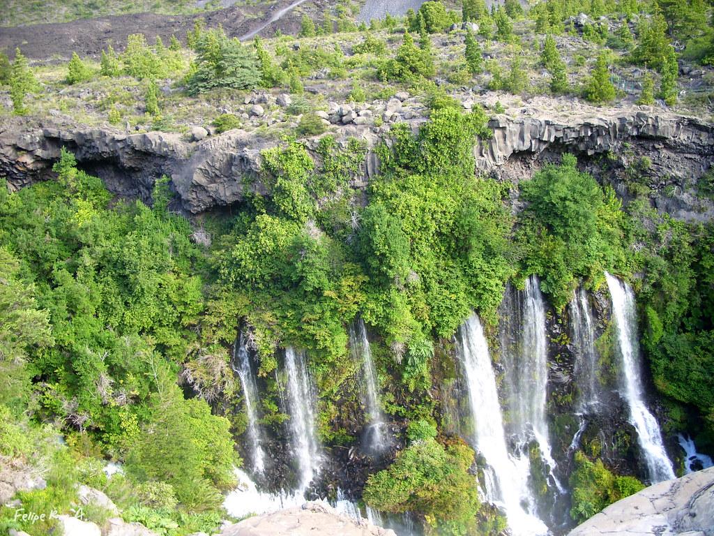 cascadas internas en chacay dichas cascadas vienen
