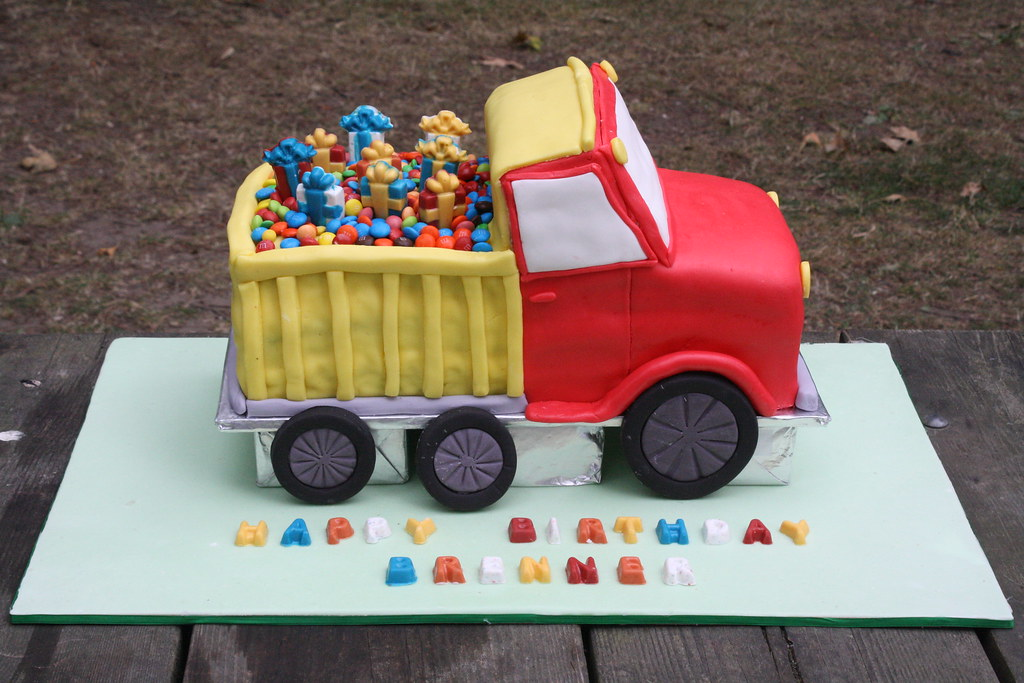 truck birthday cake dump truck cake my 3 d cake i made this for my 8088