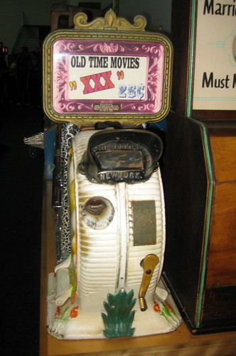 San Francisco - Fisherman's Wharf: Musée Mécanique - Mutoscope | by wallyg